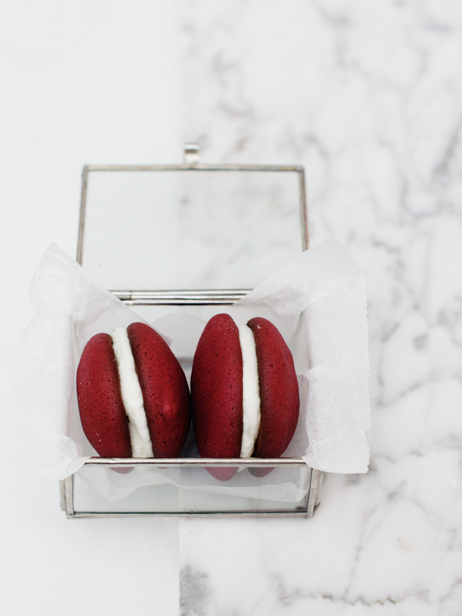 Red Velvet Whoopies